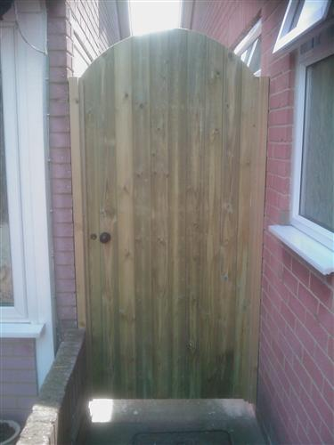 Albion Fencing - Gate Examples
